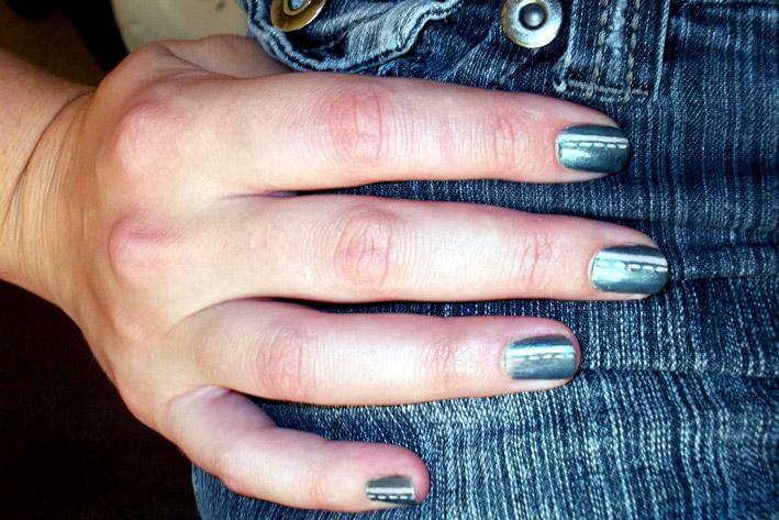 how to make blue jeans lighter