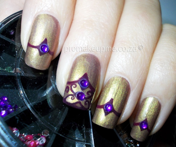 gold-&-purple-regal-3
